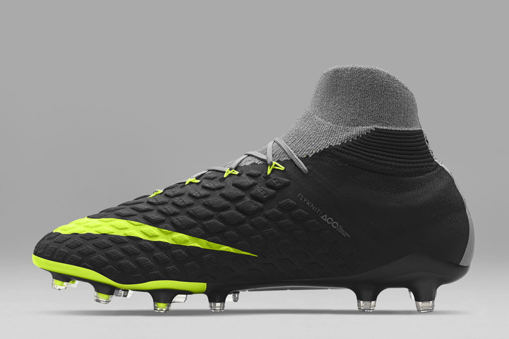A look at the latest technology in Nike soccer cleats